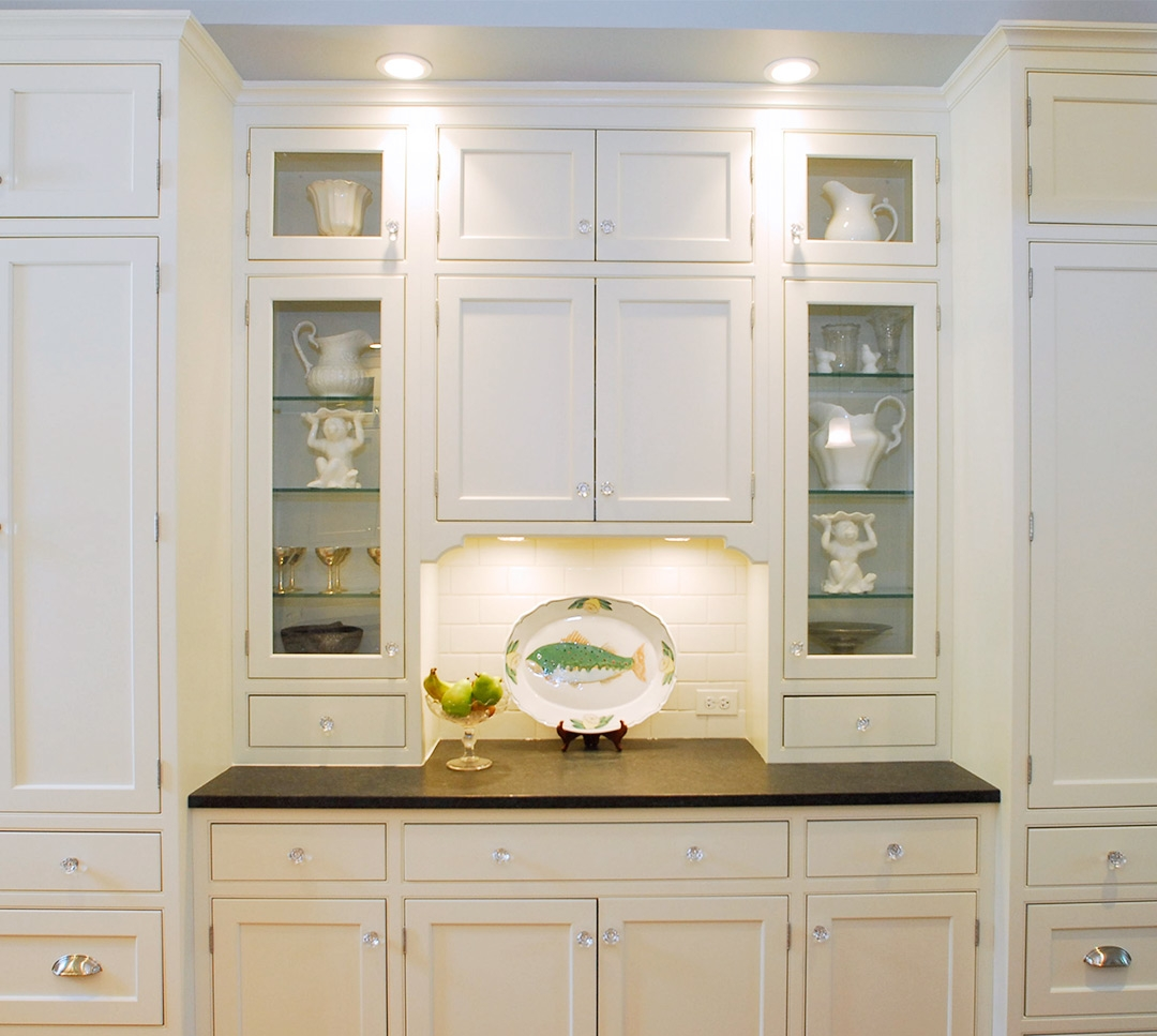 White Shaker Kitchen Cabinets With Glass Doors1080 X 967