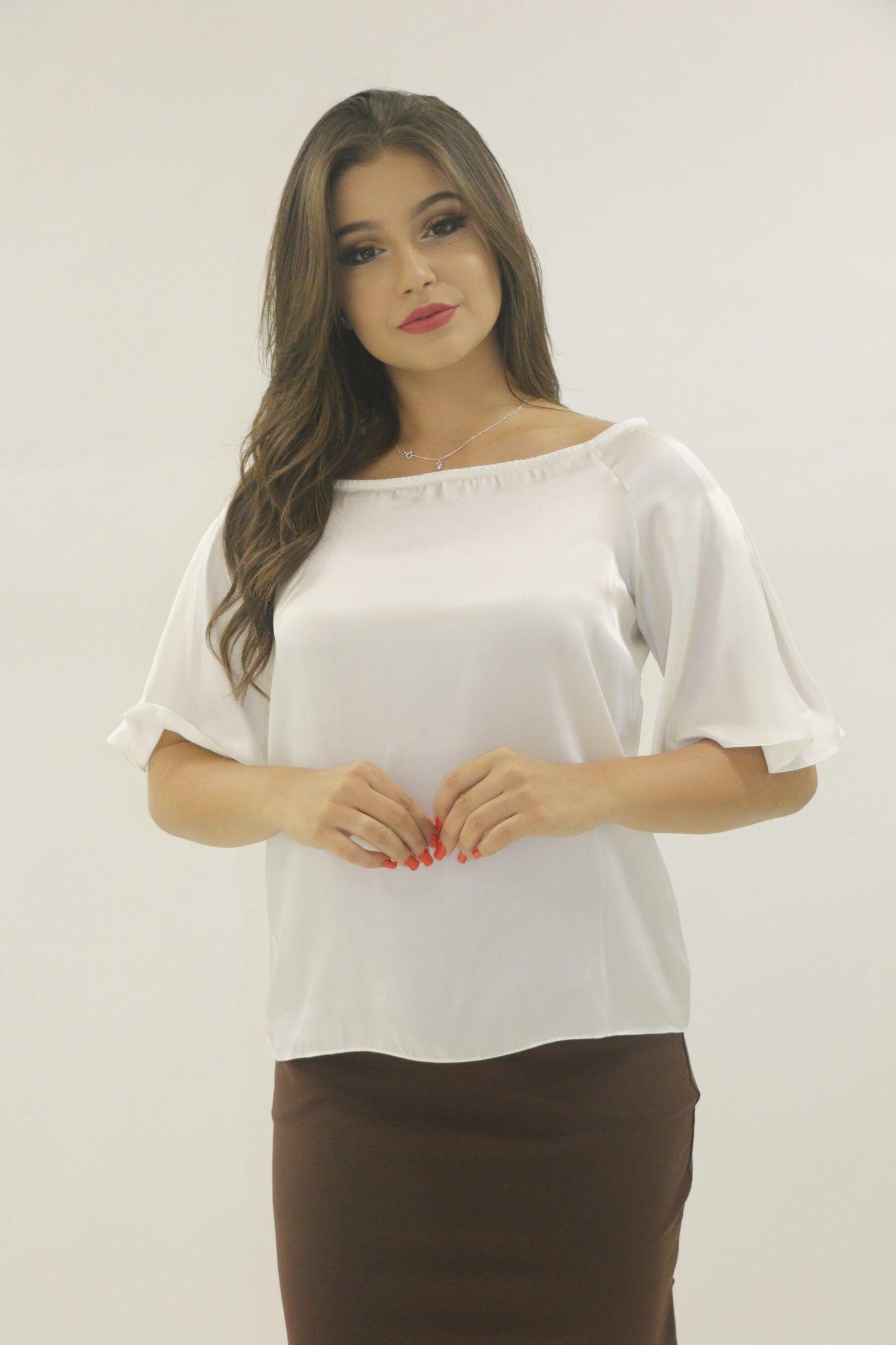 Blusa branca cetim