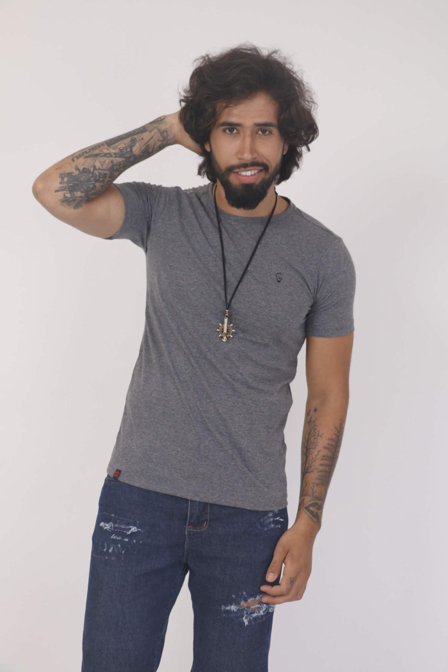 Camiseta Cinza Slim