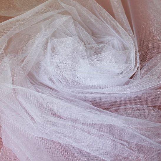 Tecido Tule Francês com Brilho Branco - 2,50 m de largura
