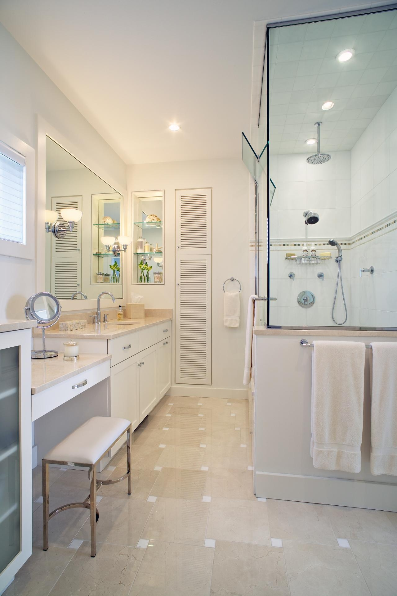 Bath Vanities With Dressing Table