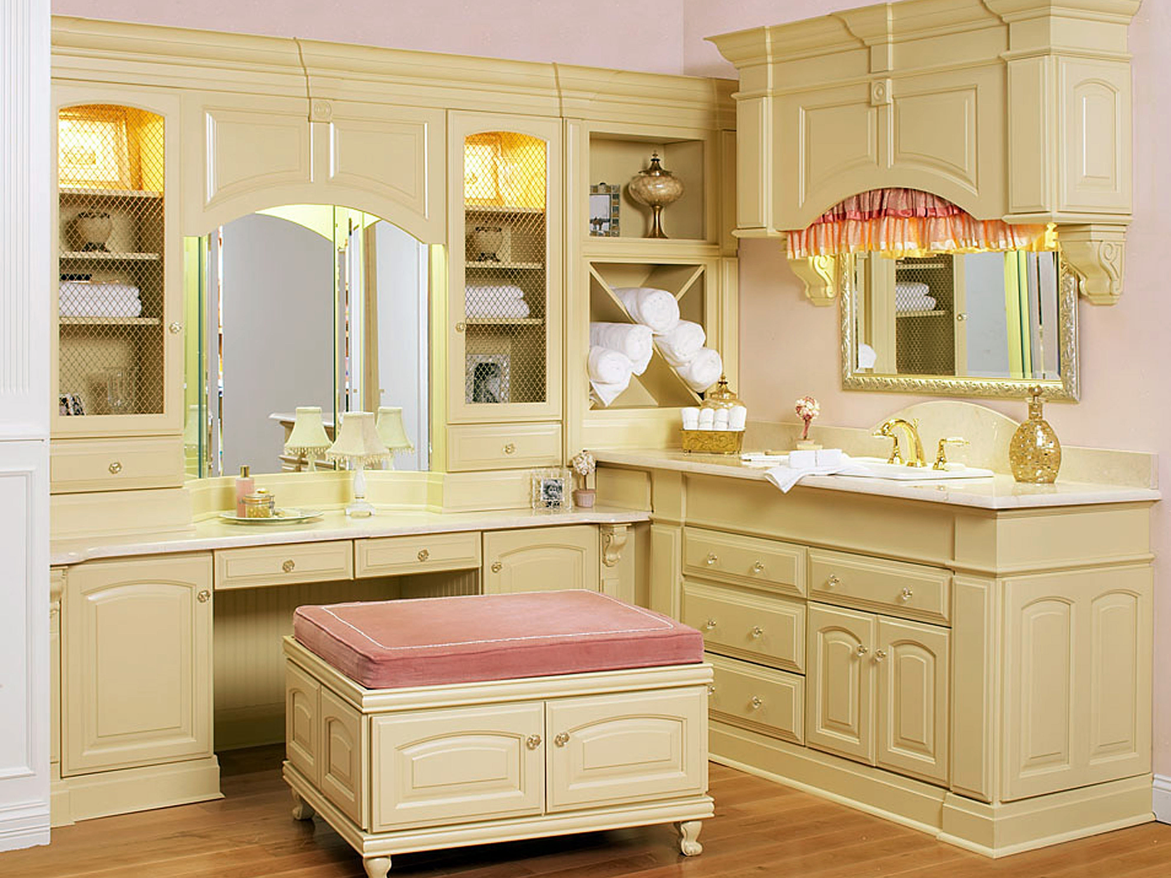 Bathroom Vanity With Matching Dressing Table