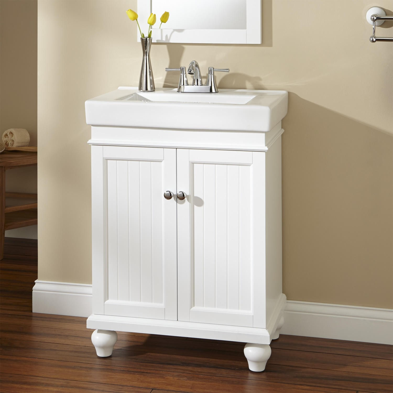 24 White Vanity With Drawers