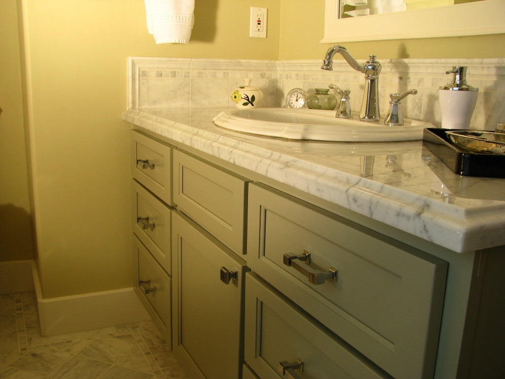 Marble Backsplash For Bathroom Vanity