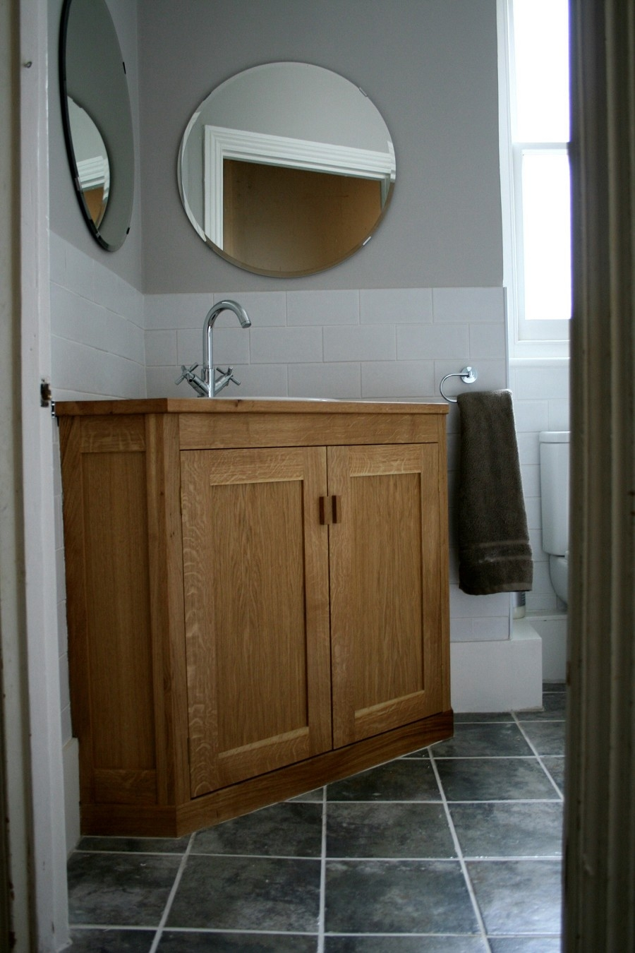 Solid Oak Vanity Units For Bathrooms