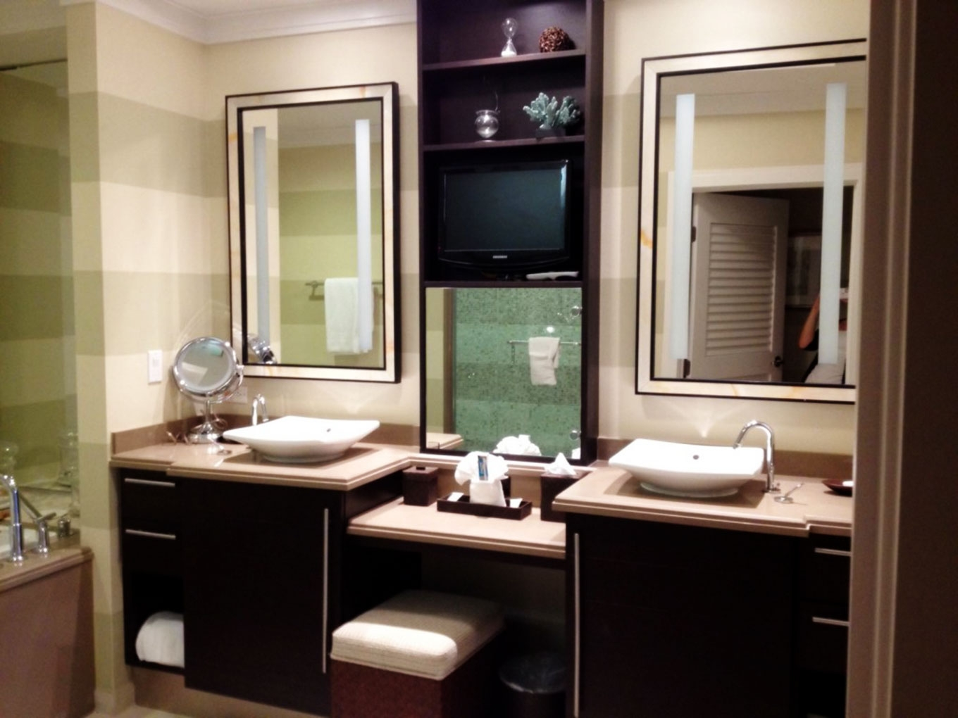 Bathroom Cabinets With Dressing Table