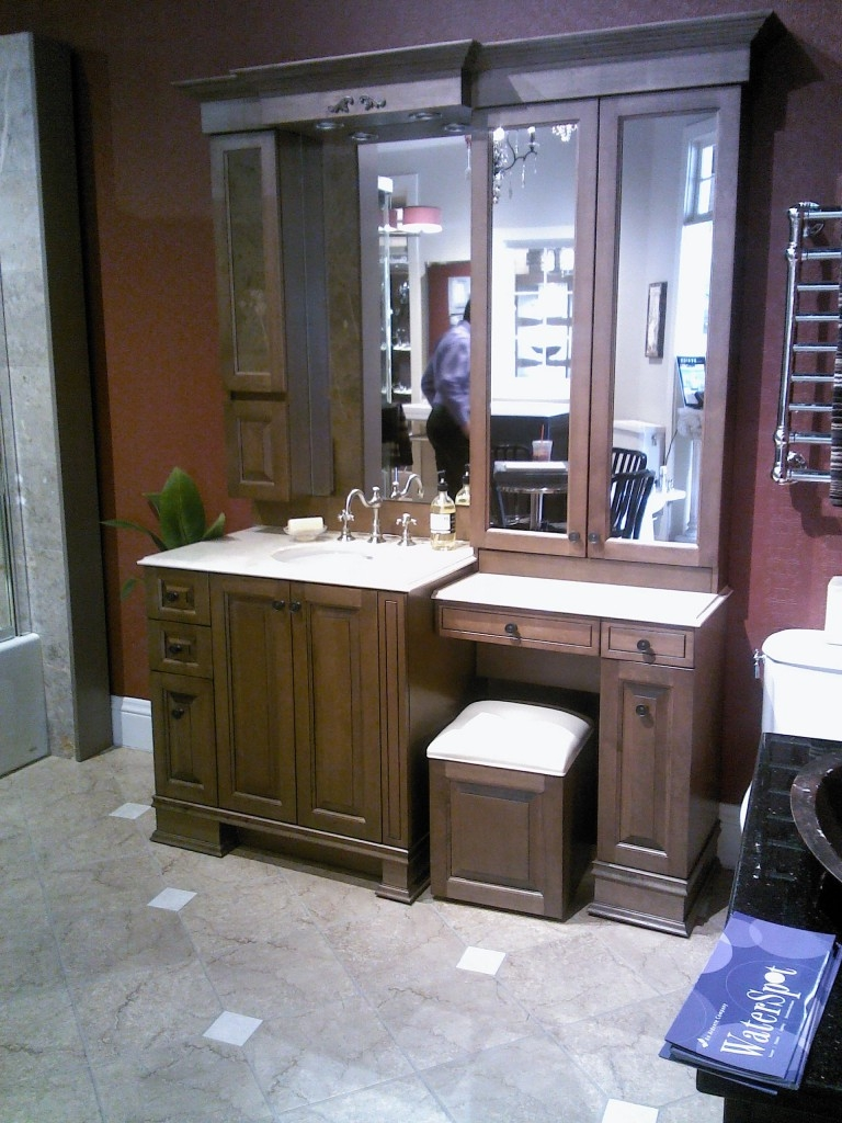 Bathroom Cabinets With Makeup Vanity