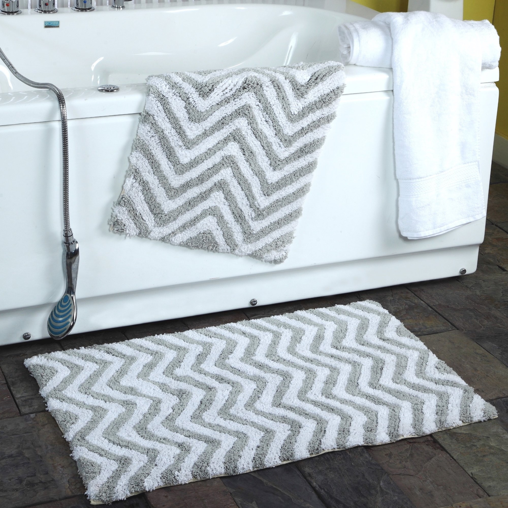 Chevron Bath Rug Set