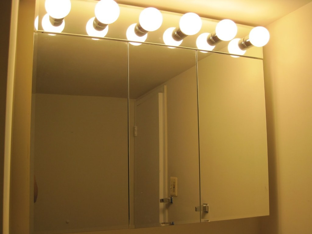 Permalink to Light Bulbs For Bathroom Vanity