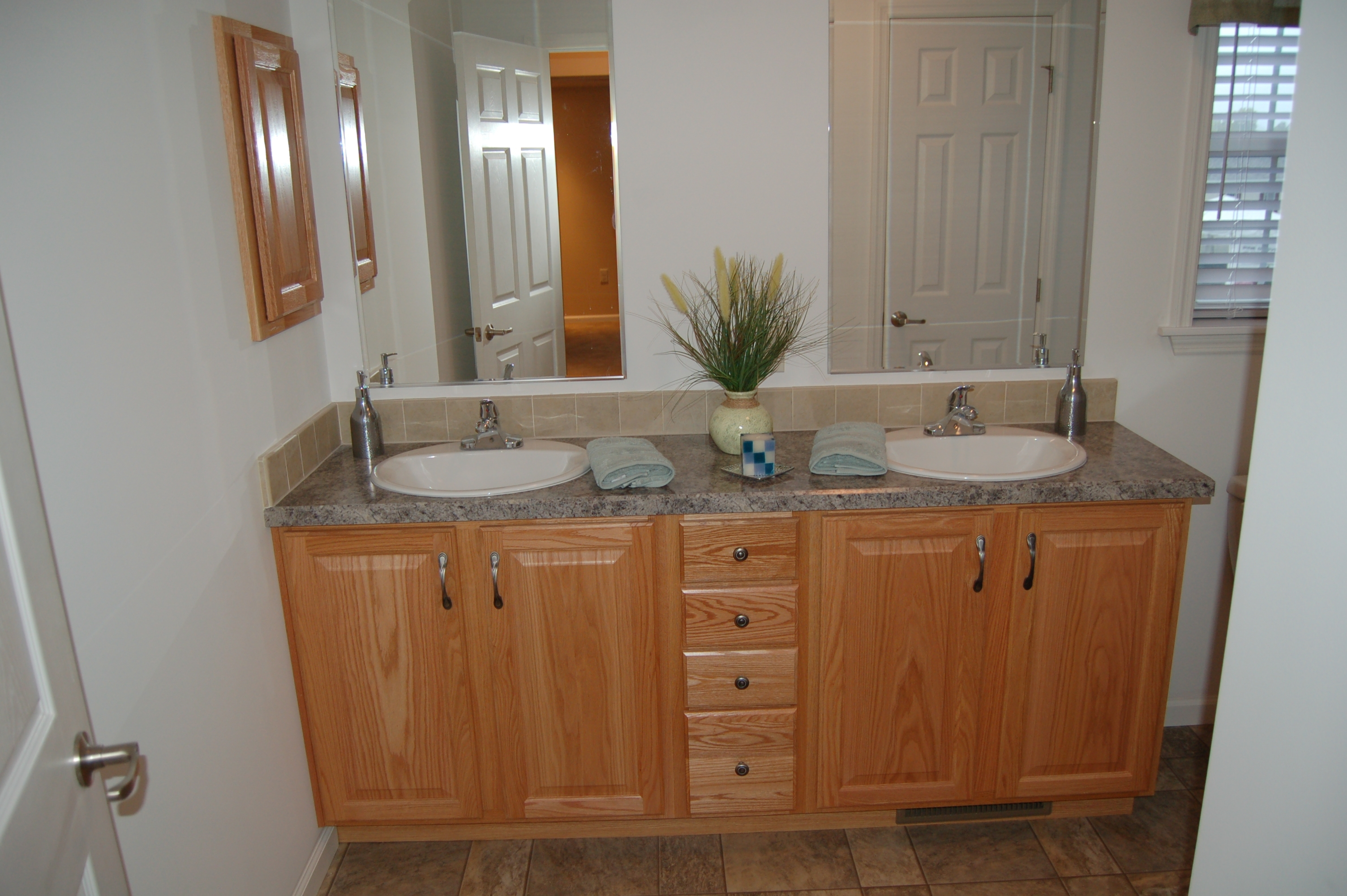 Oak Cabinets For Bathrooms