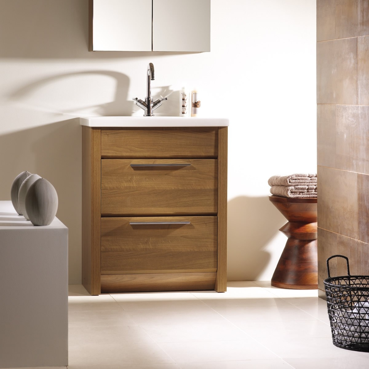 Stand Alone Bathroom Vanity Unit