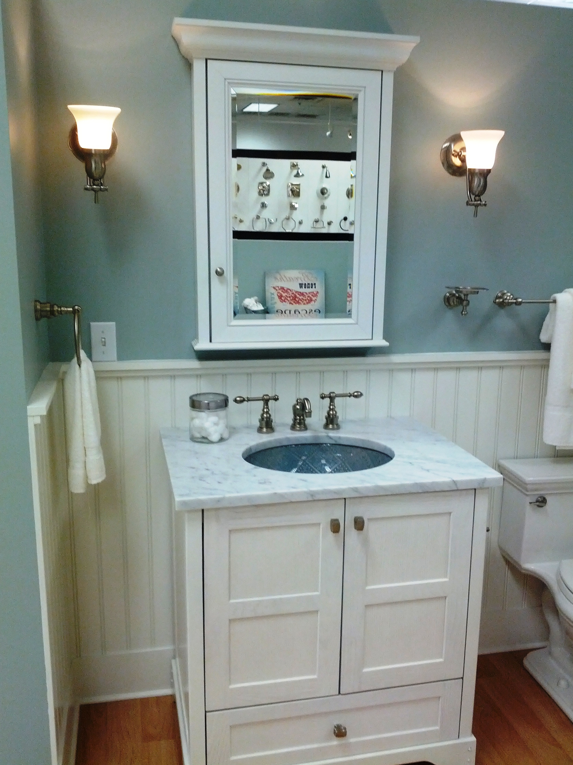 Wainscoting Behind Bathroom Vanity