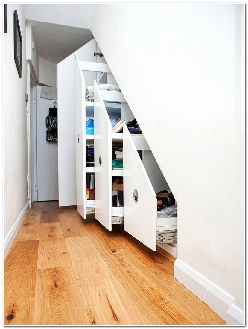 Élégant Placard Coulissant Sous Escalier
