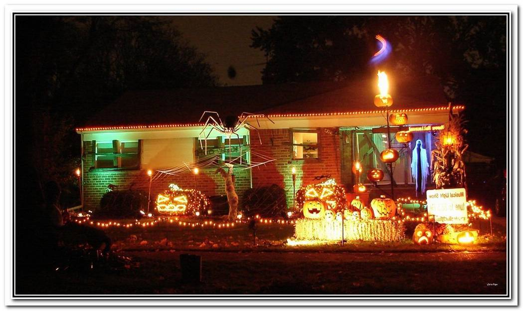 10 Haunting Lights For Halloween