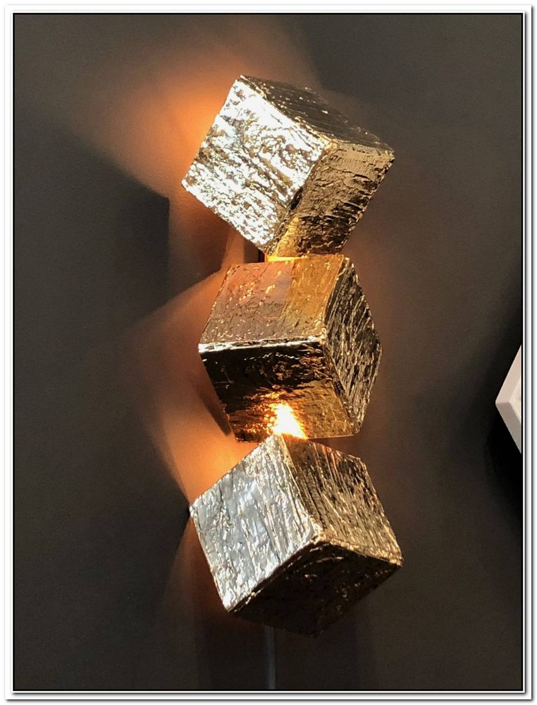 10 Wall Lights With Exceptional Designs And Lots Of Style