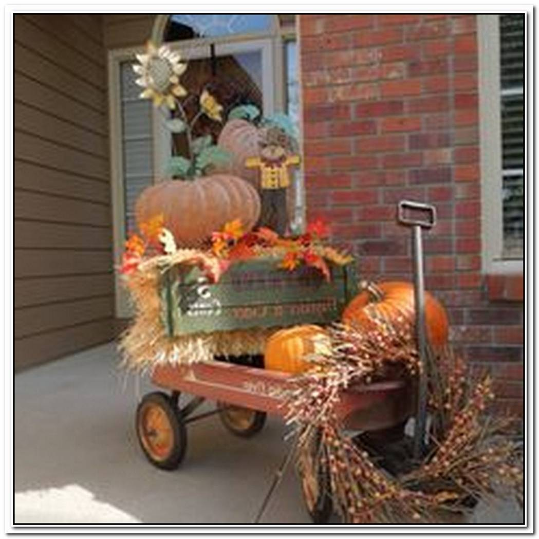 11 Outdoor Fall Decorating Ideas
