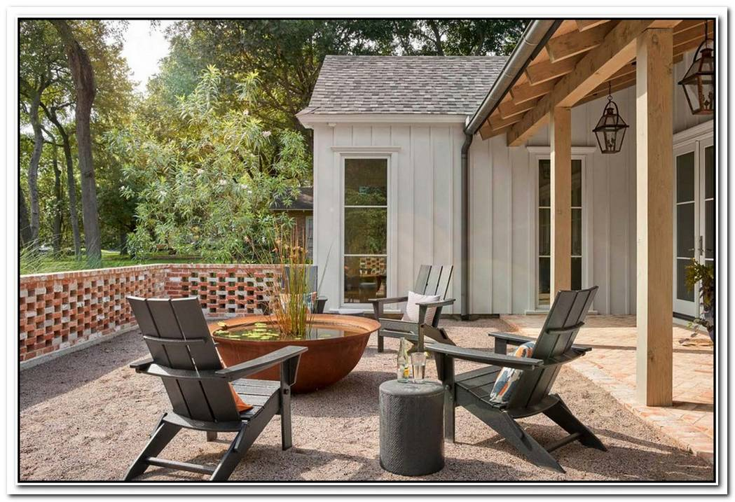 12 Covered Outdoor Living Areas To Maximize Patio Usage During Cooler Months