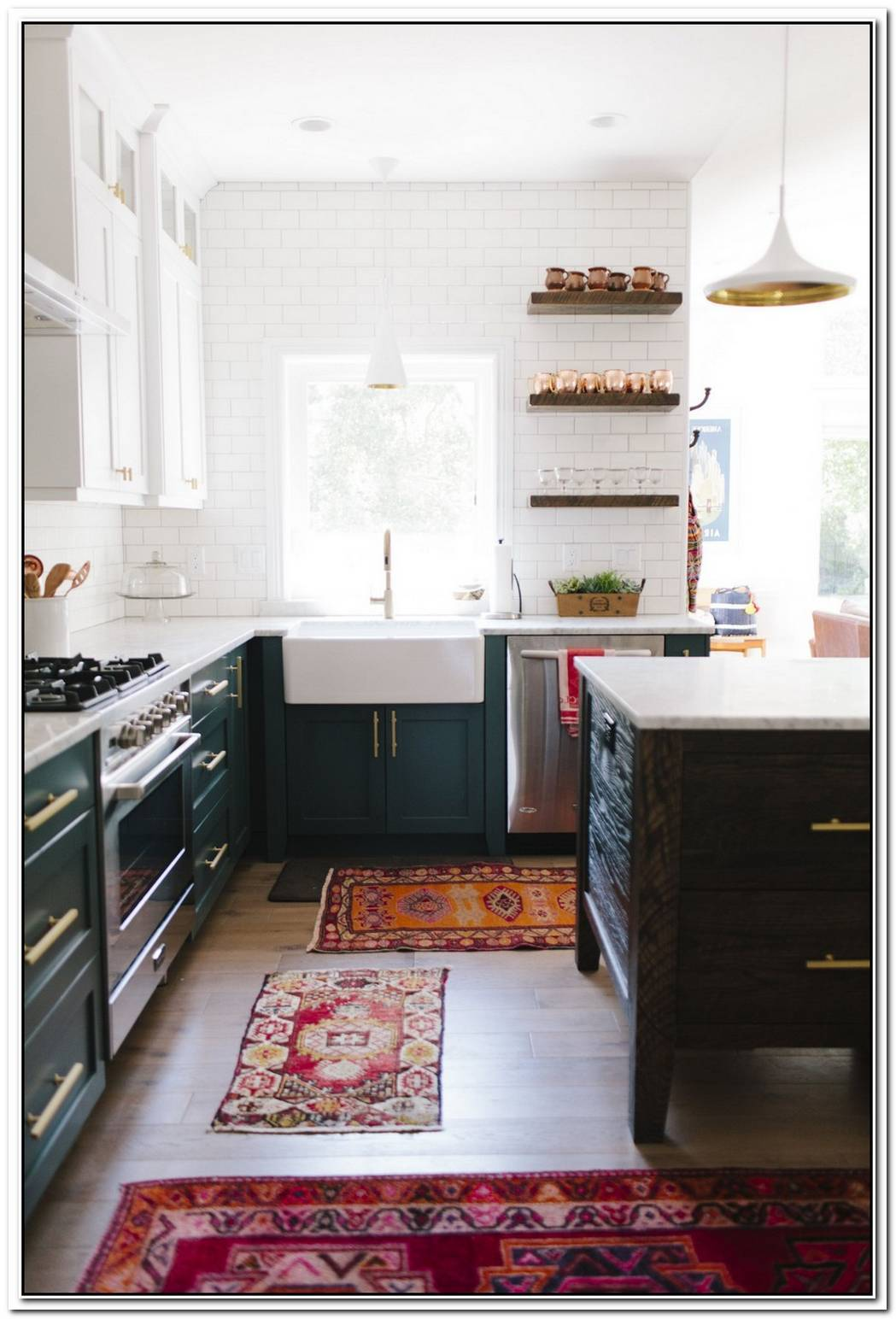 13 Envy Inducing Green Cabinets That Will Make Your Houseguests Jealous