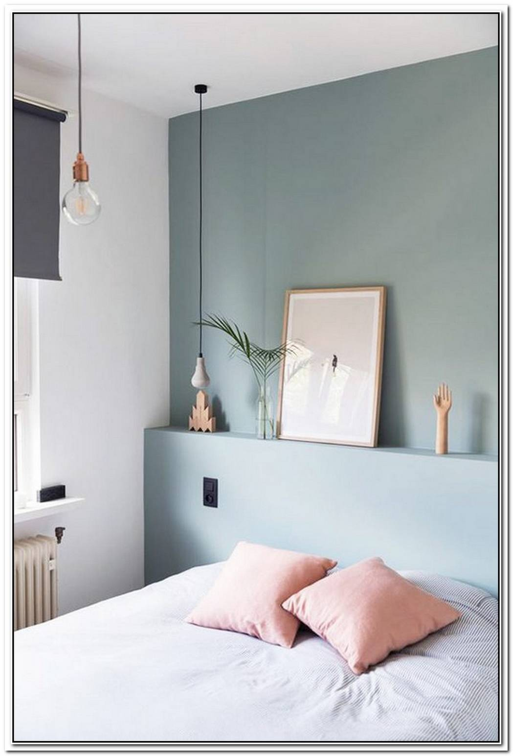 15 Cool Ways To Make A Small Bedroom Look Bigger