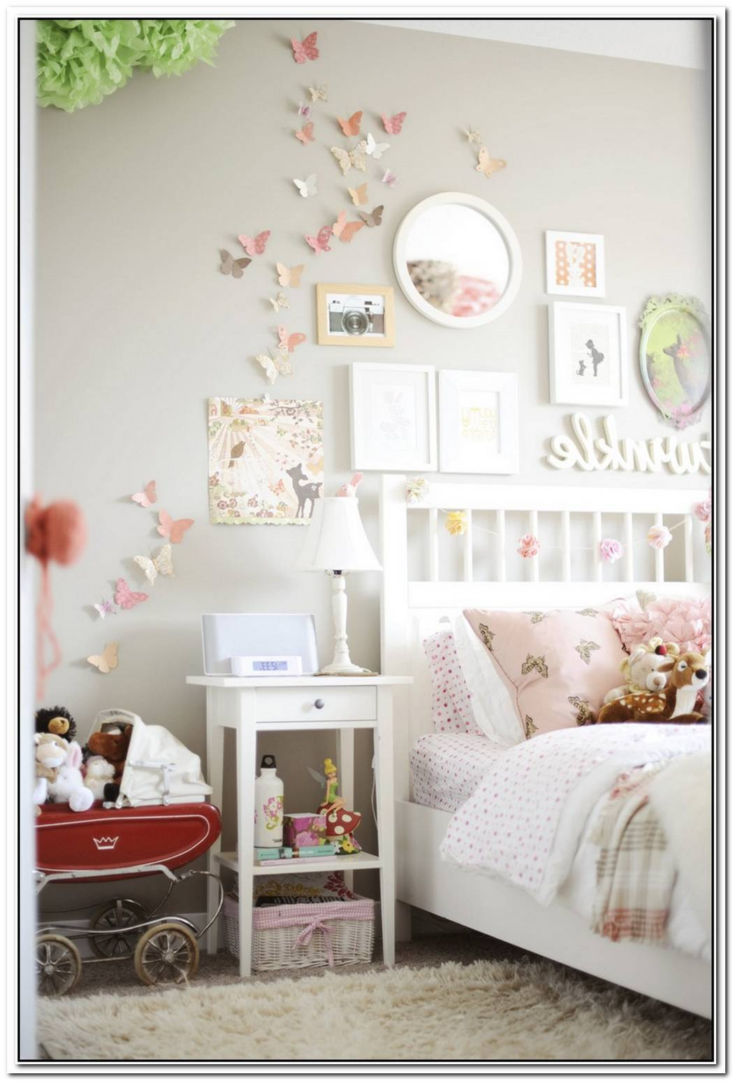 15 Playful And Chic Tree Wall Decals