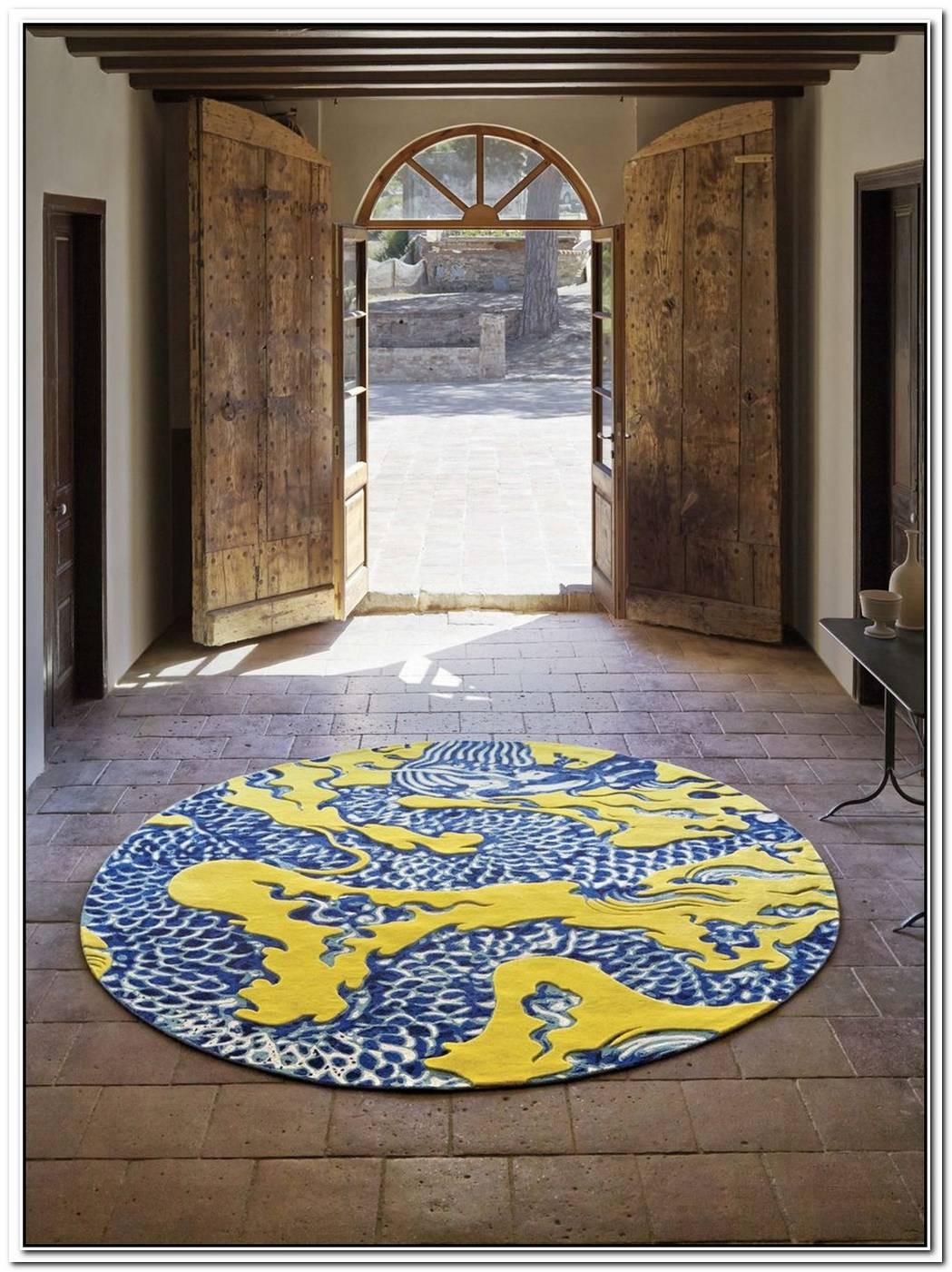 18 High End Rugs To Delineate A Space With Style