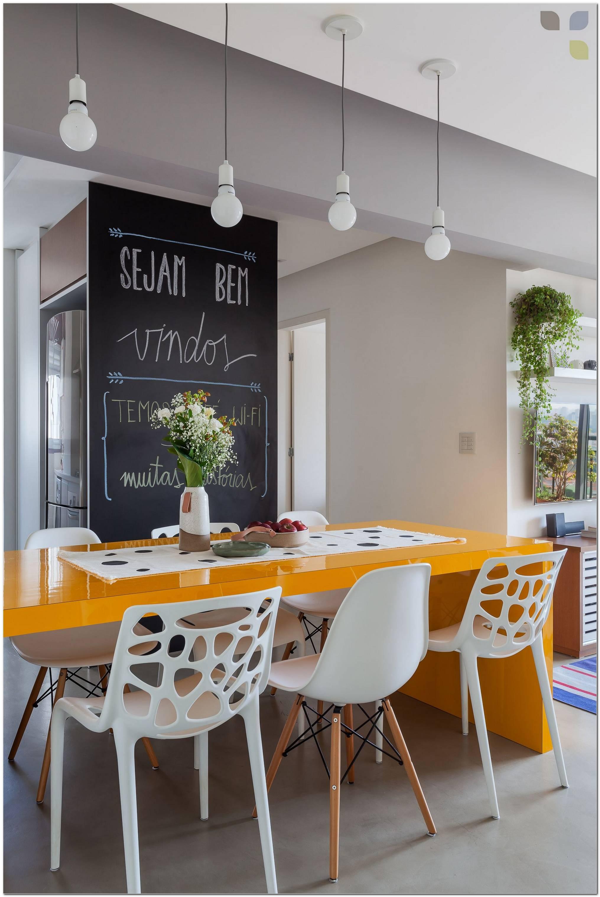 20 Mesas Para Varanda Pequena Que Vão Iluminar Seu Apartamento
