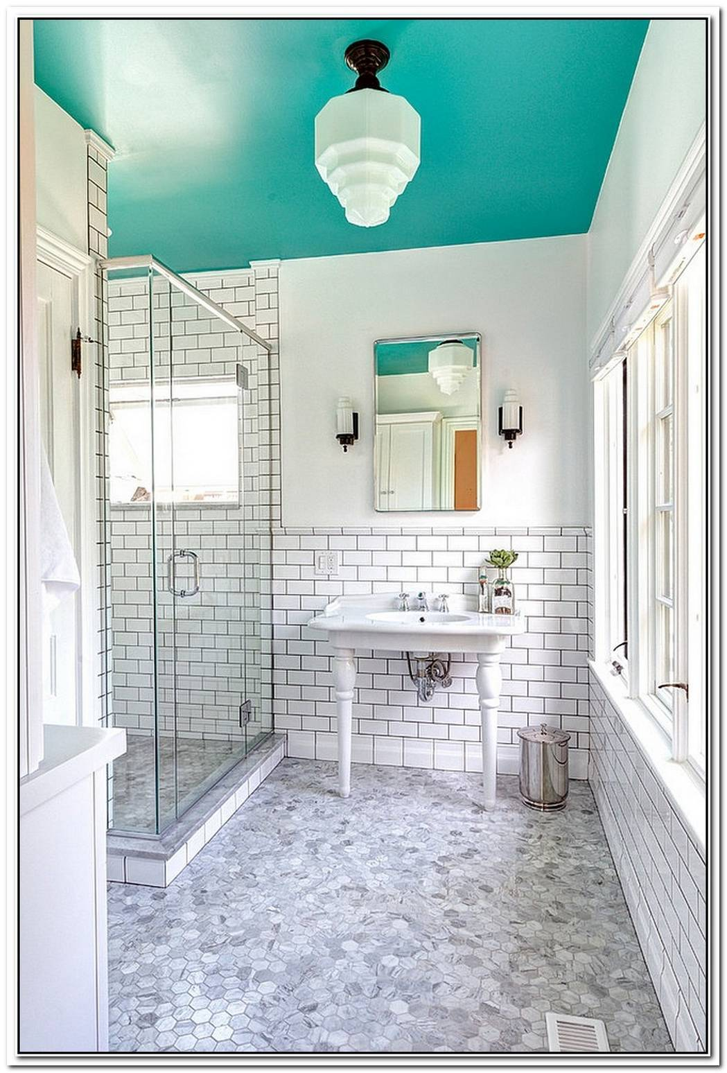 25 Bathrooms That Beat The Winter Blues With A Splash Of Color