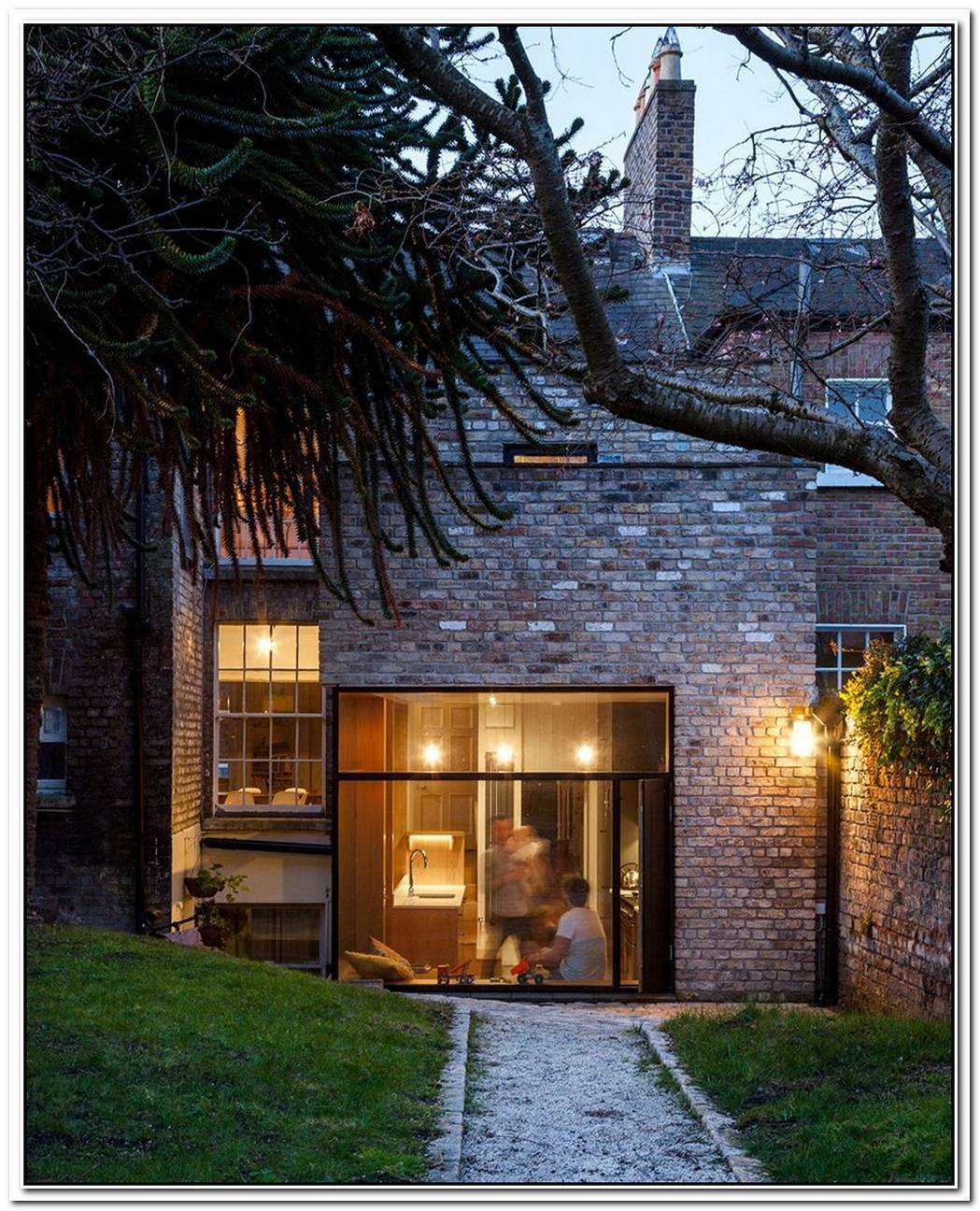 74 Sqm Simple Brick Industrial Structure Built In 1890 Renovation