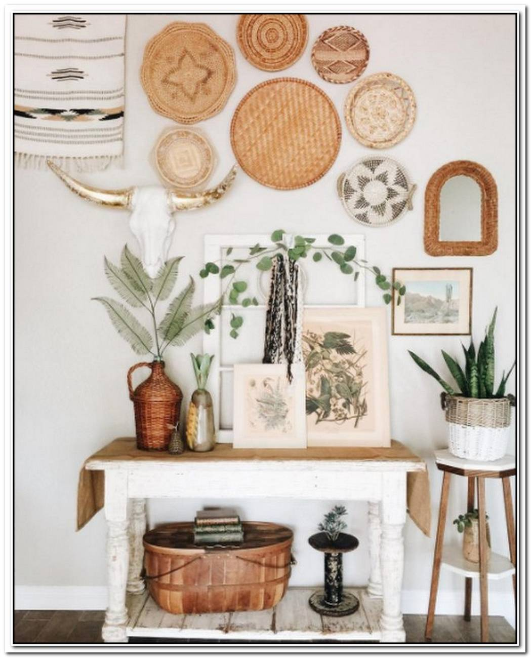 A Bohemian Entryway Is The Perfect Look For Your Casual Summer Attitude