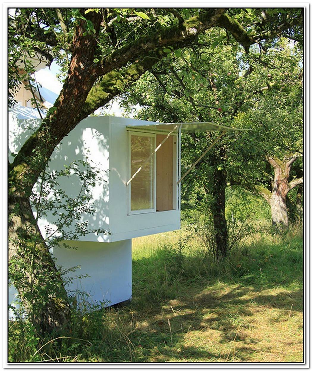 A Tiny Meditation Shelter That Puts You In Touch With Your Surroundings