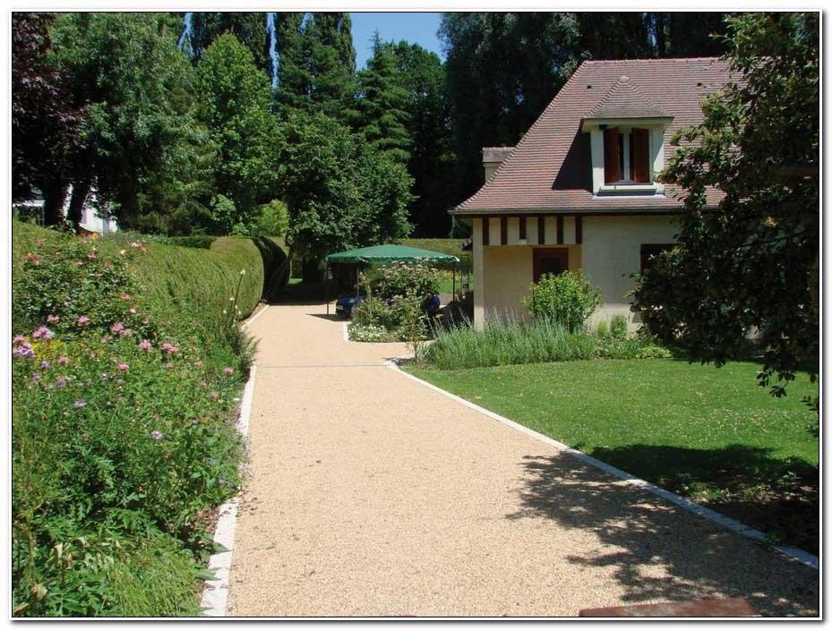 Allee De Jardin Moquet