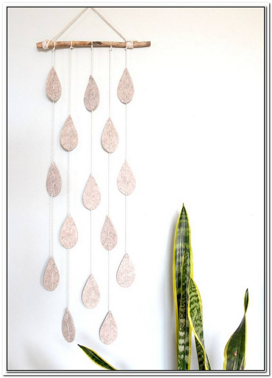 An Adorable Raindrop Wall Hanging