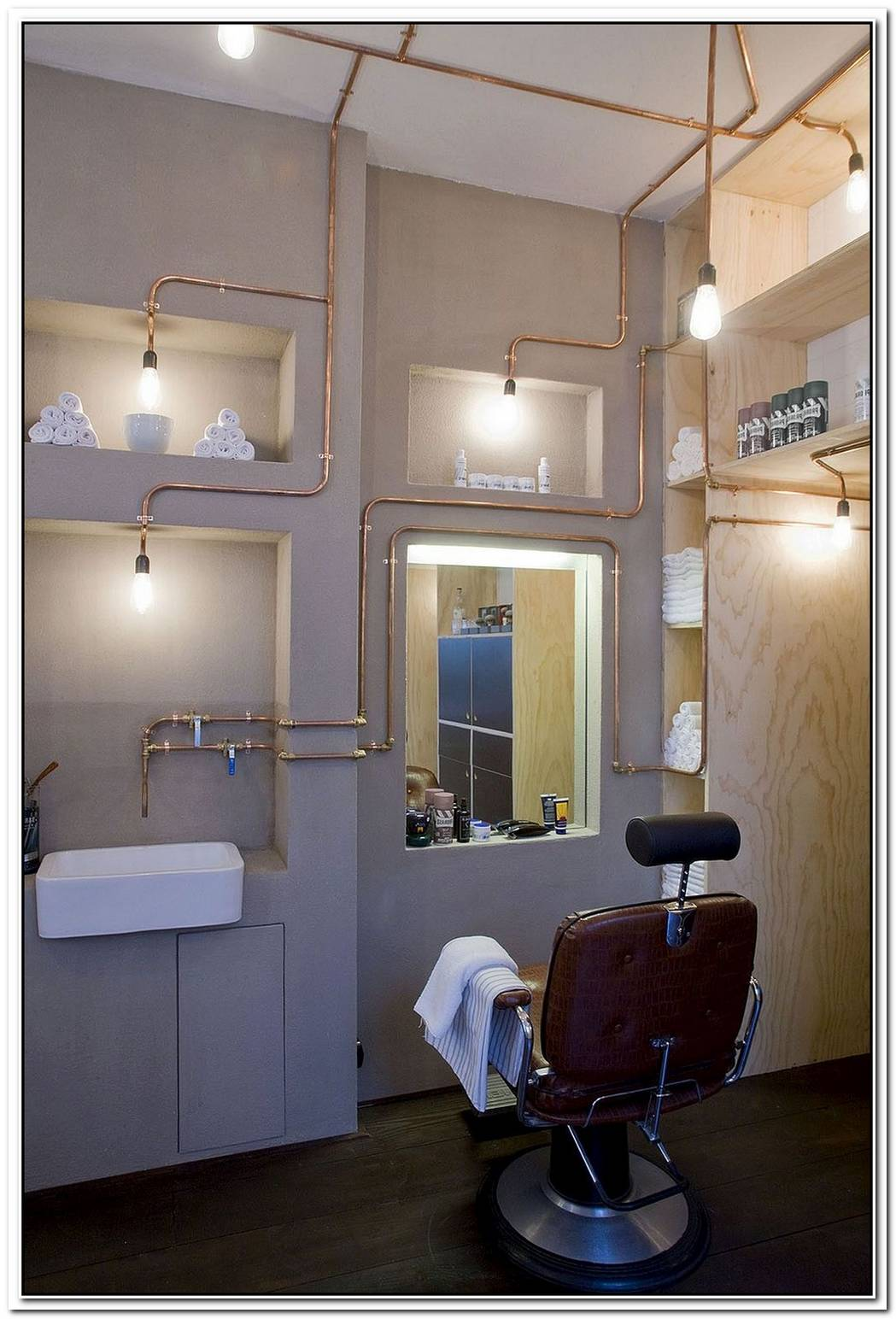 An Authentic And Yet Innovative Barber Shop In The Heart Of Amsterdam