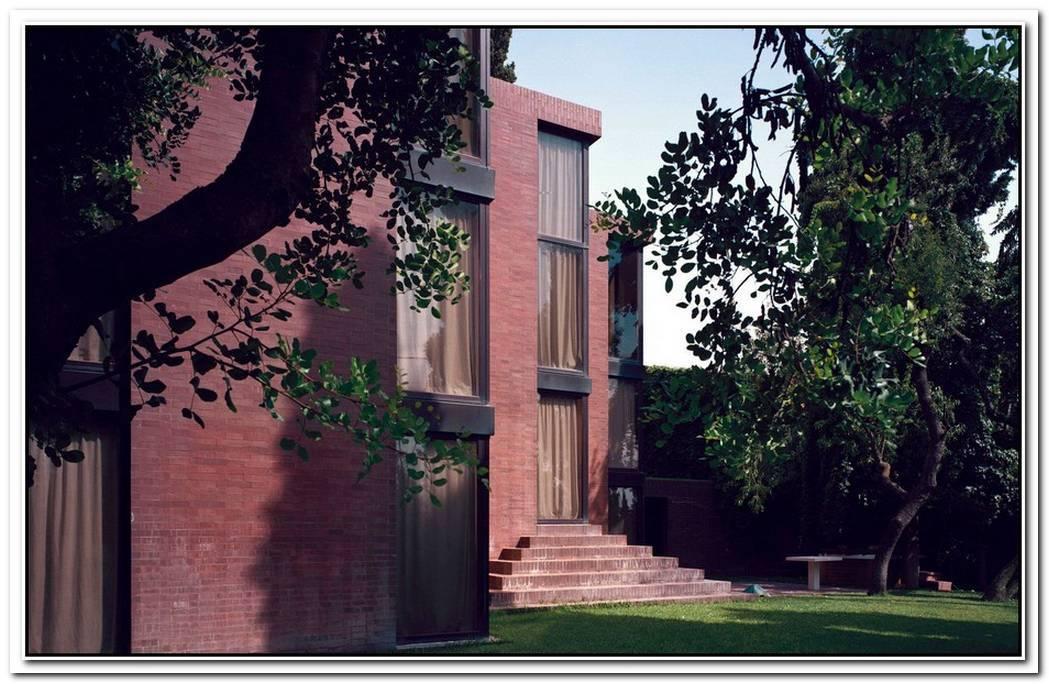 An Impressive Family House By Ricardo Bofill Taller De Arquitectura