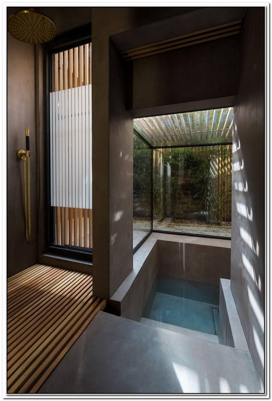 An Indulgent DipThis Terraced London Home Gets A Stunning Sunken Bath