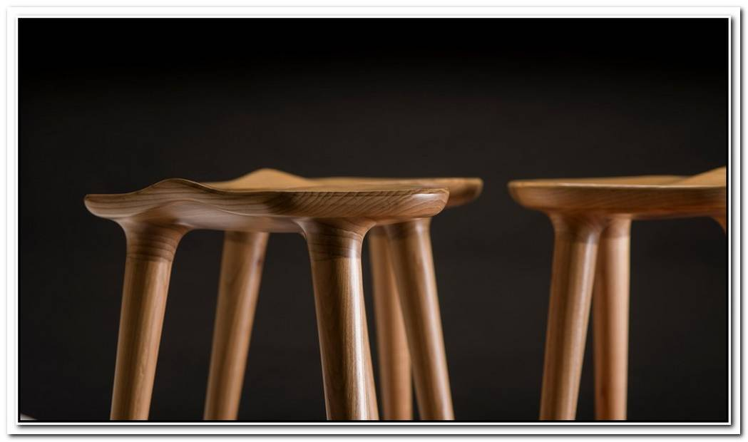 Artistic Stool That Defies Gravity