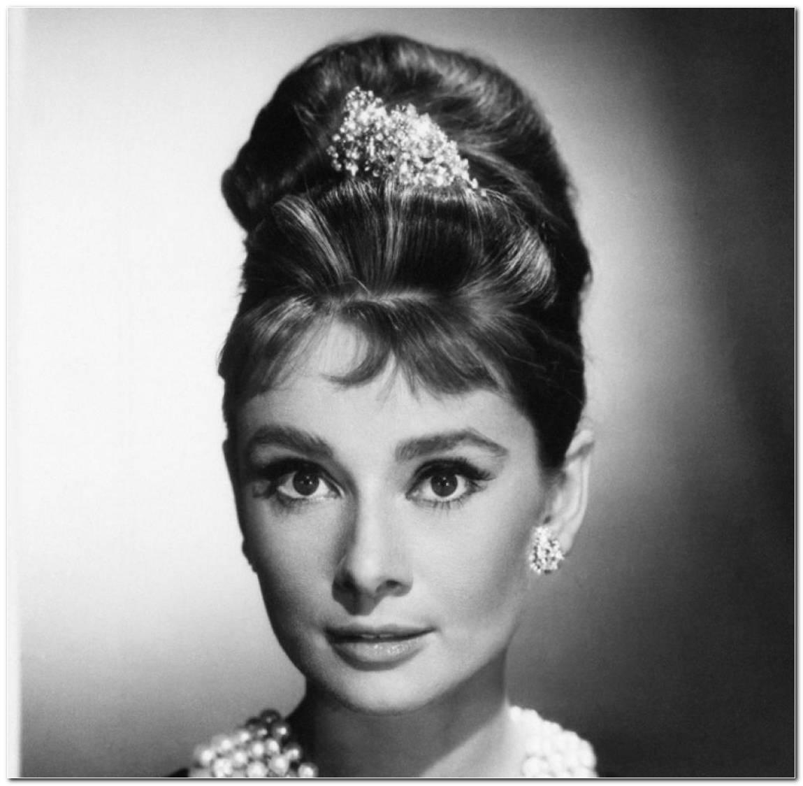 Audrey Hepburn Frisur FrüHstüCk Bei Tiffany