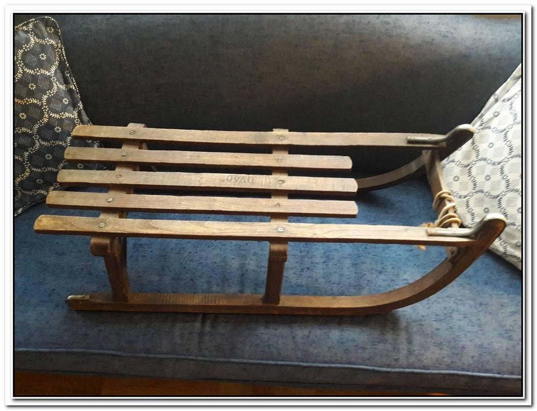 Banjo Sleigh Bench