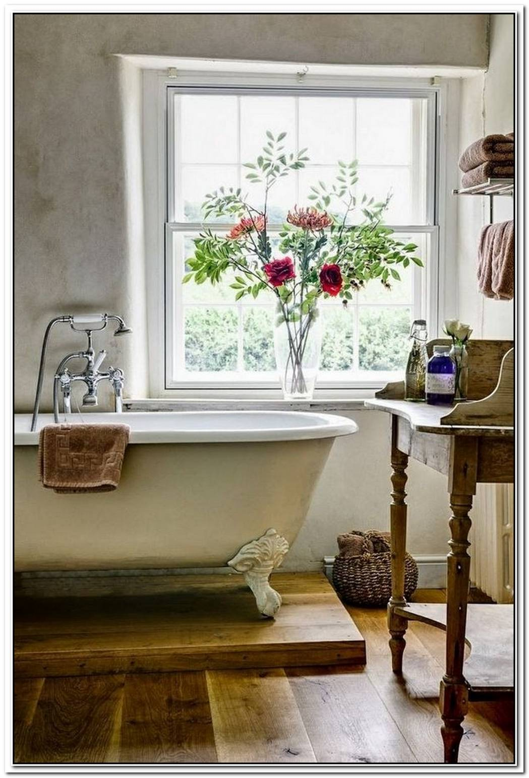 Bathroom Farmhouse Claw Foot Tub