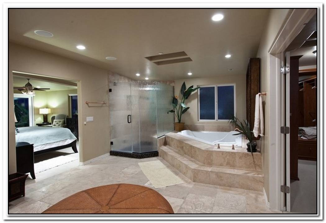 Bathroom Master Bedroom White