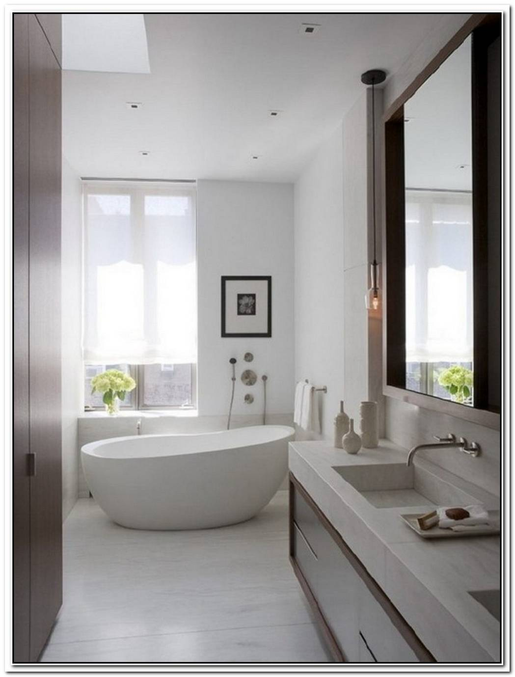 Bathroom Small Modern Neutral
