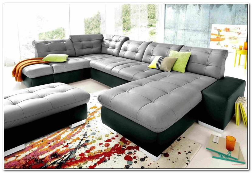 Beautiful Couch Grau