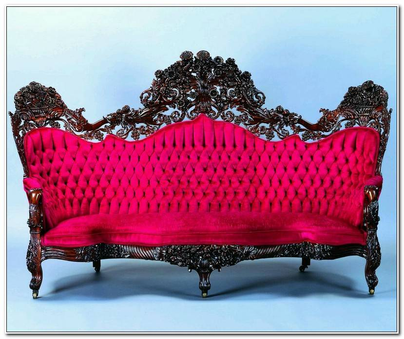 Beautiful Couch Vintage