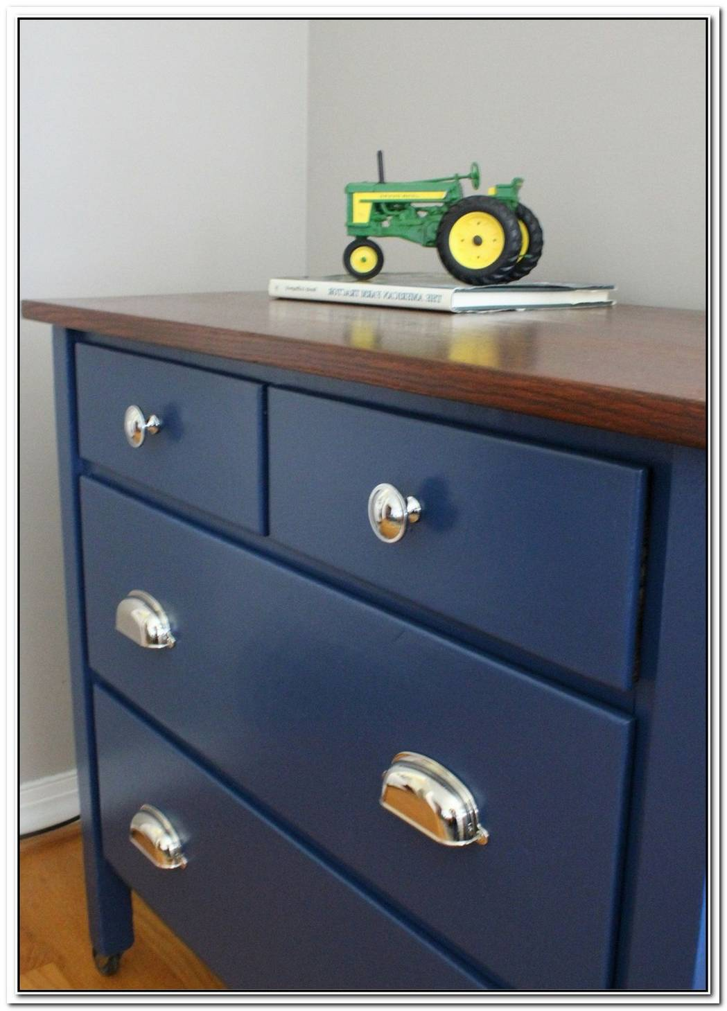 Bedroom Dresser Makeover With An Aged Look