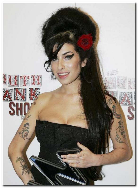 Beehive Frisur Amy Winehouse