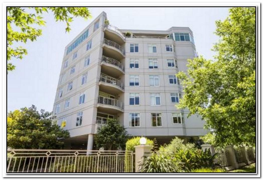 Bight And Spacious Residence On Alexandra Avenue