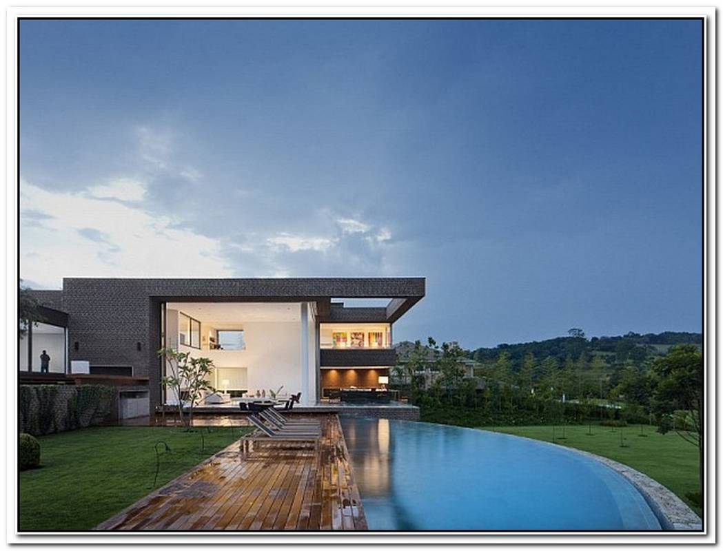 Casa HSProlific Contemporary Home Sits Proudly Inside A Brazilian Golf Course