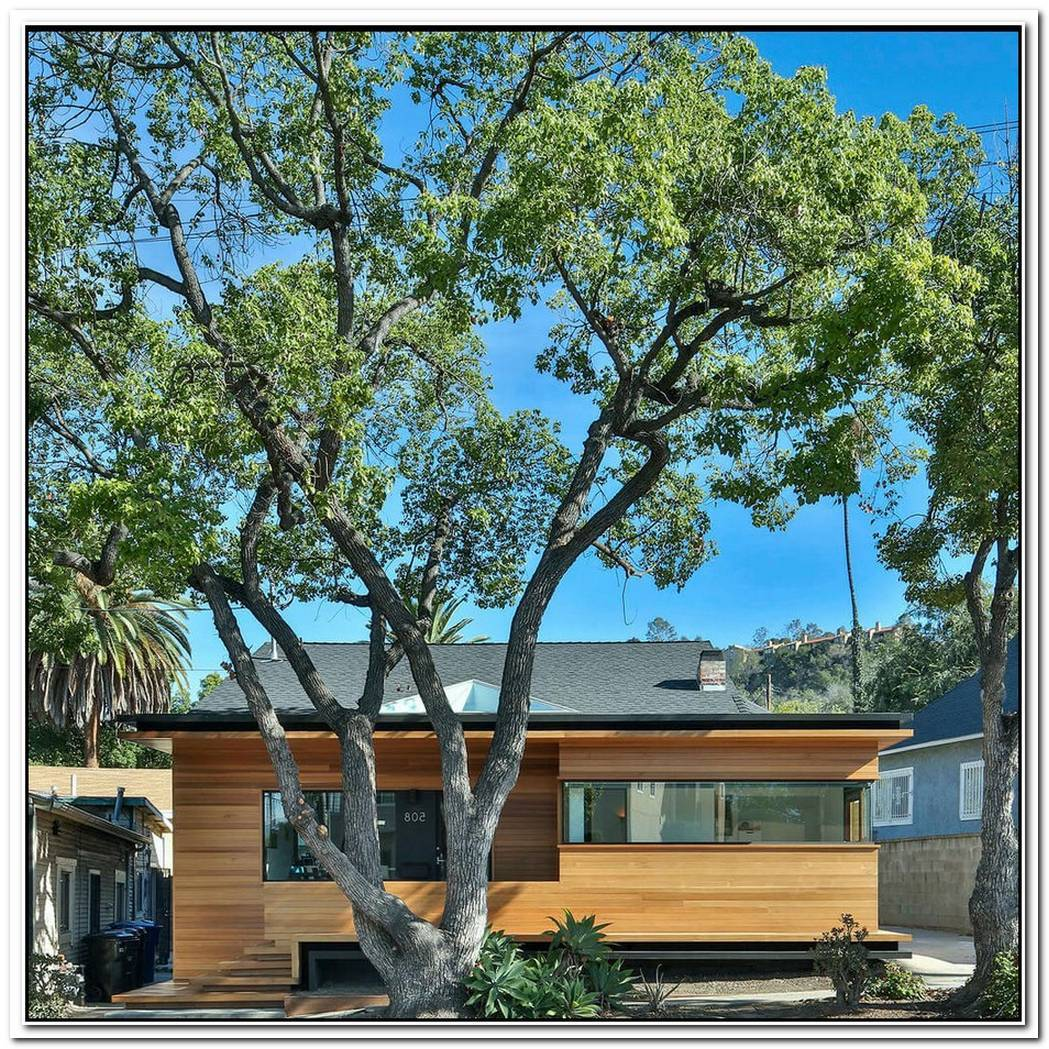 Cedar Frontispiece Gives La Bungalow A Fresh Look