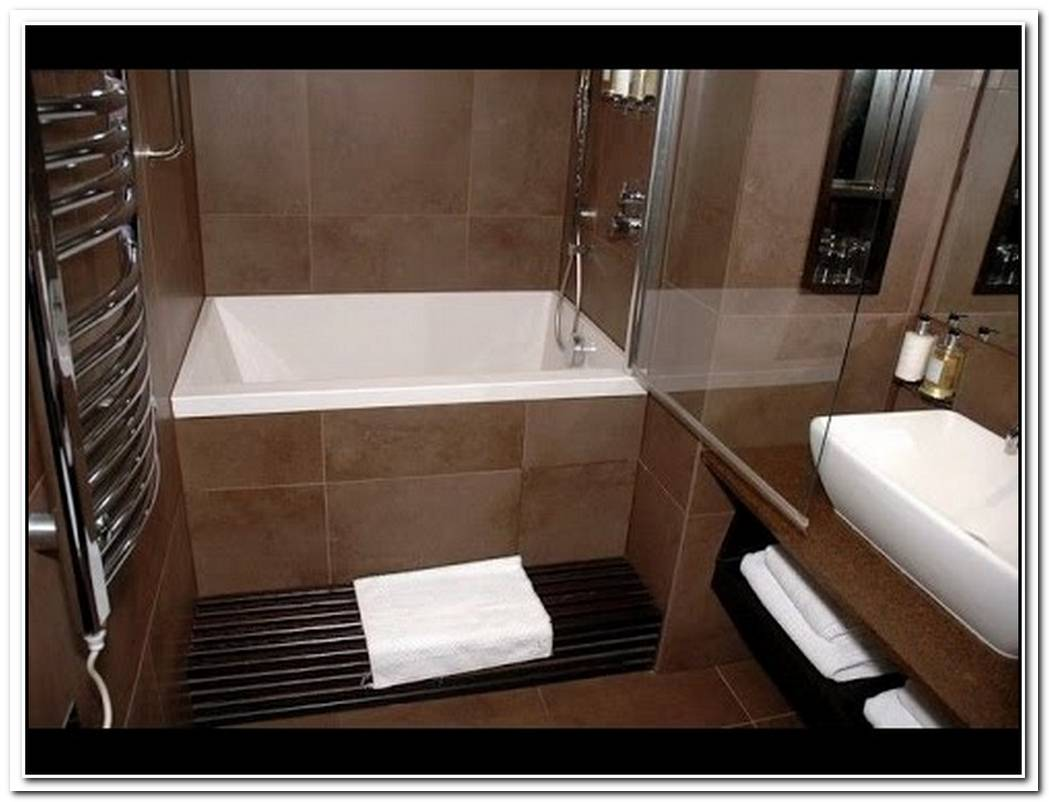 Combo Bathroom Small Soaker Tub