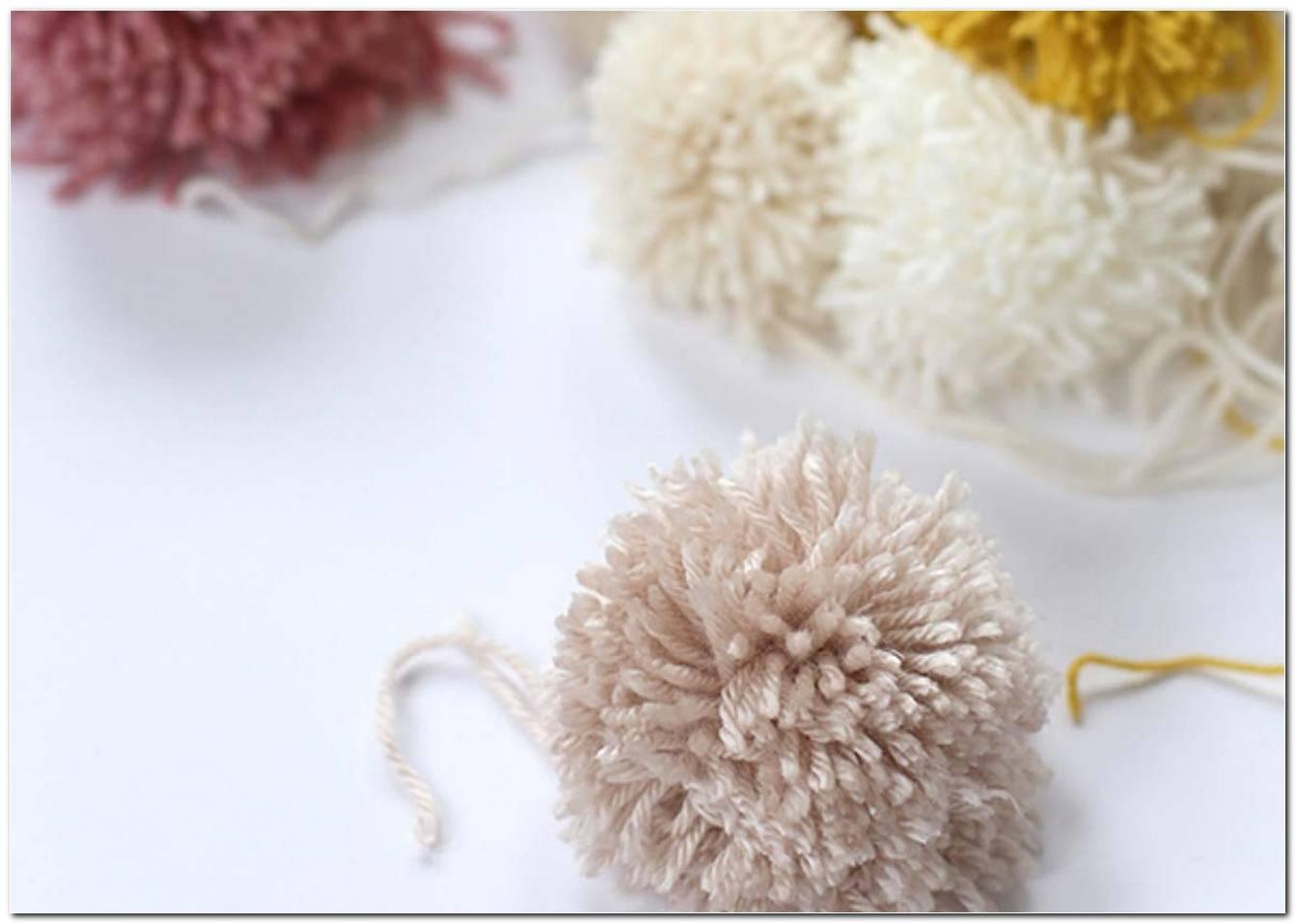 Como Fazer Pompom De Lã Conheça As 4 Formas E Dicas Essenciais